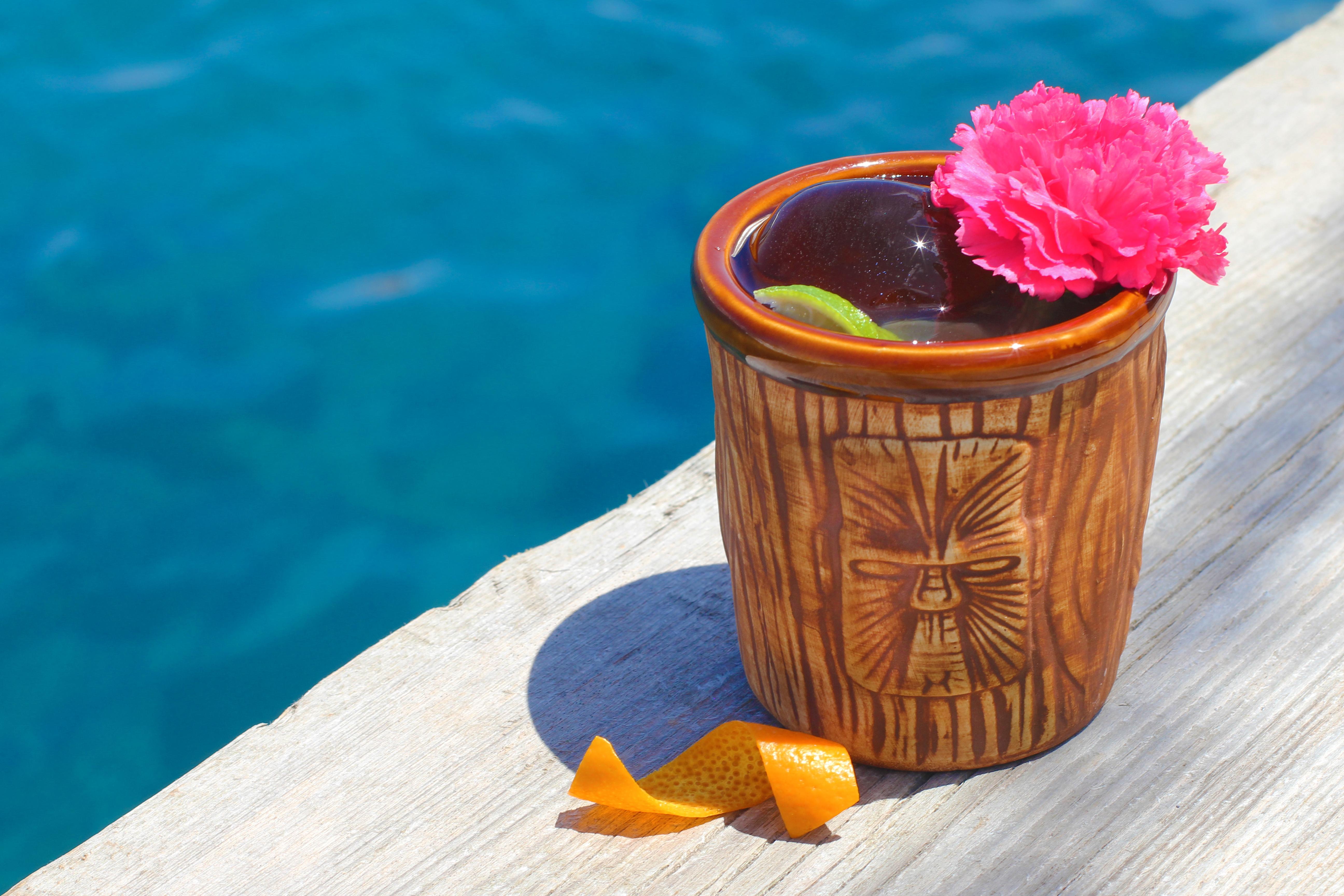 Sconfiggi il caldo rovente con i 4 cocktail più freschi per l'estate