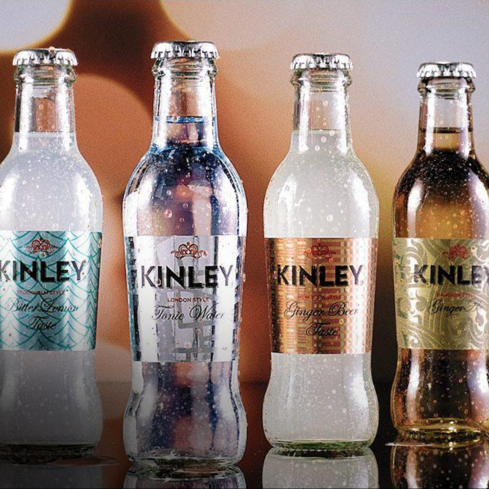 ASSAPORA IL MONDO IN OGNI COCKTAIL CON KINLEY