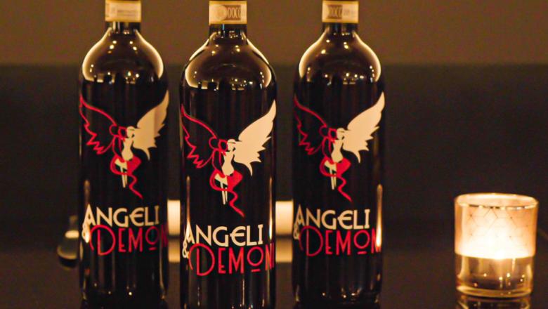 ANGELI & DEMONI:  DALLE NOTE MUSICALI ALLE NOTE DEL BARBERA